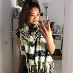 Cute Striped Scarf